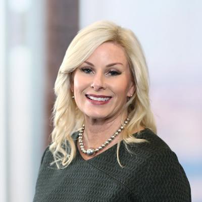 Professional Cropped Cox Julie Mintz